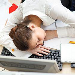 Что мешает вам выспаться: опасные и вредные привычки выходного дня