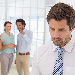 Как справиться с насмешками на работе?